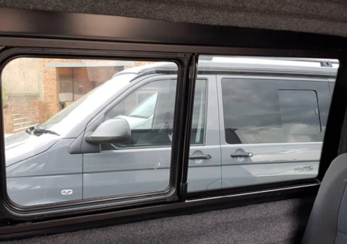 volkswagen-t5-t6-flush-half-sliding-windows_2019-01-30-17-26-16.jpg